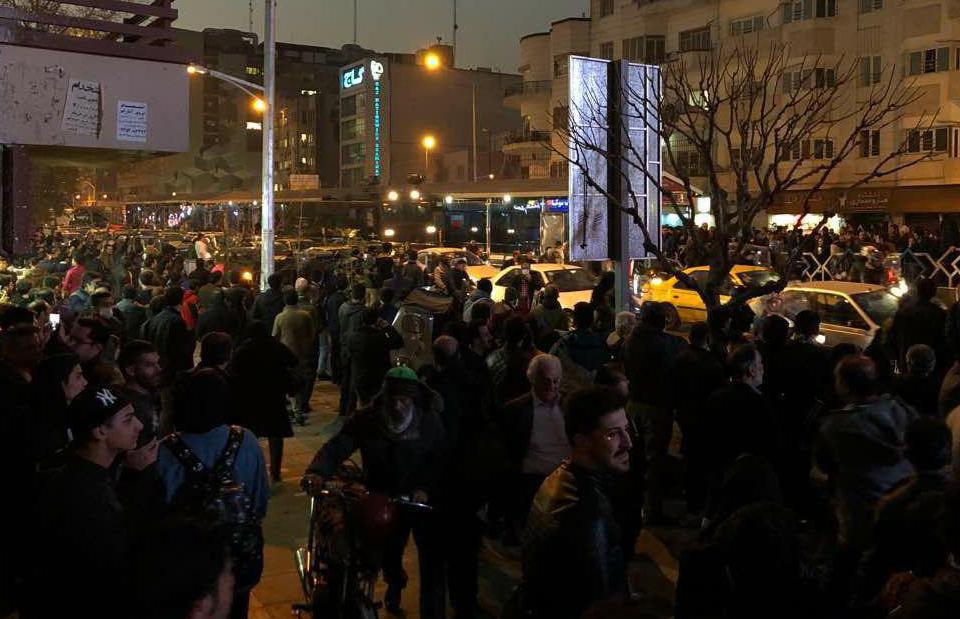 اعتراضات در شیراز «کشته نداشته»