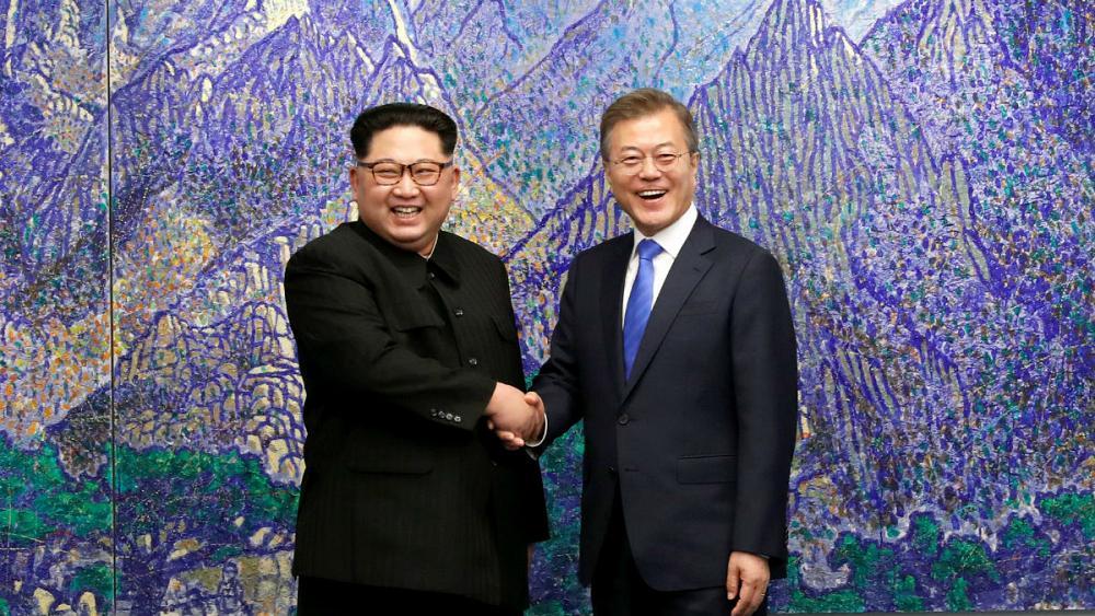 نشست تاریخی سران دو کره آغاز شد