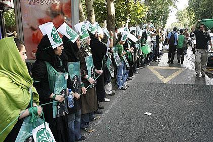 مطهری در خصوص حوادث 88: هم نظام باید عذرخواهی کند و هم سران معترضان