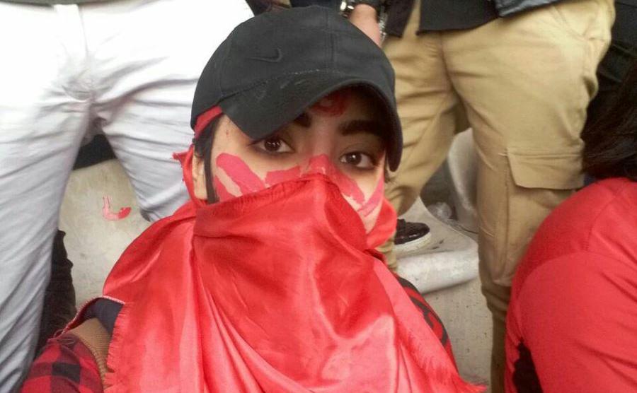 """شبنم دختر پرسپولیسی: در استادیوم """"هیجان، ادب، احترام و امنیت"""" بود"""