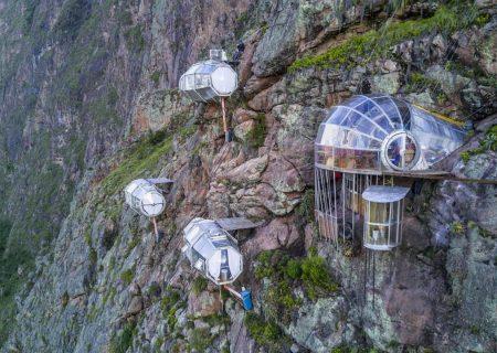 هتل آویزان از کوه در مجاورت ماچو پیچو در پرو؛ اگر از ارتفاع میترسید فکرش را نکنید