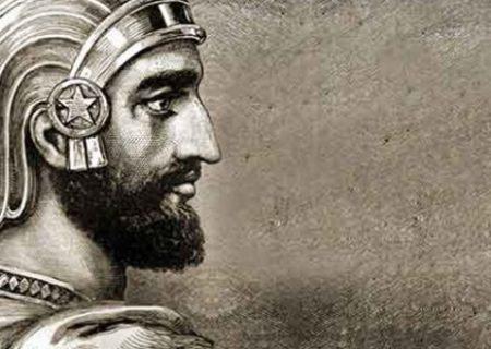 خودویرانی تاریخ و فرهنگ به کمک تحریف