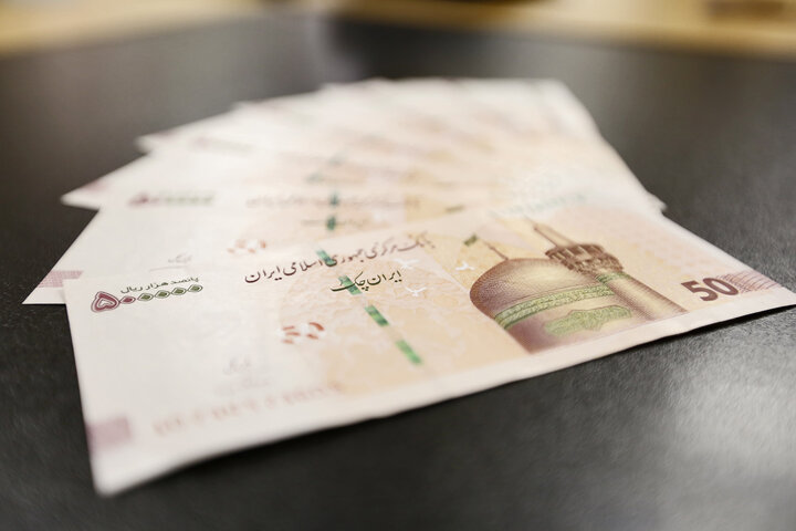اعطای کارت اعتباری یک و دو میلیون تومانی به اقشار محروم