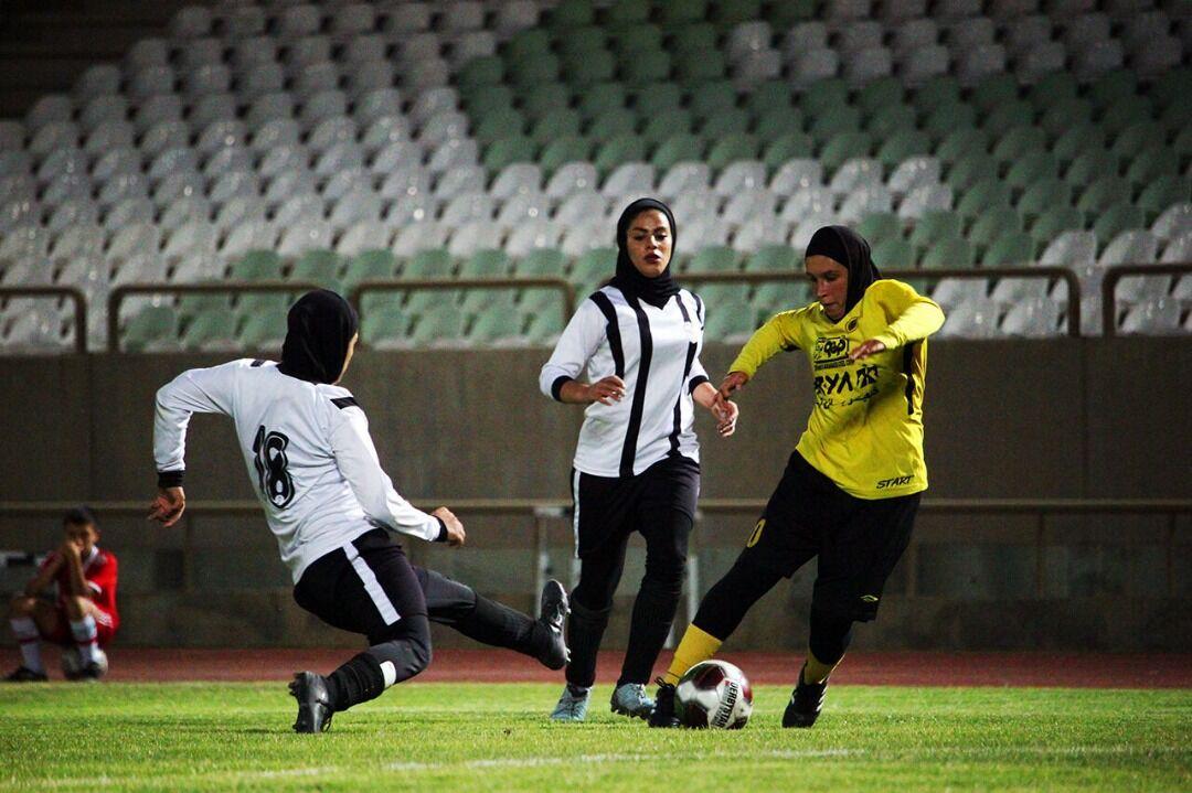 تیم زاگرس شیراز در لیگ برتر فوتبال بانوان باقی ماند