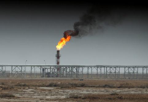 اجرای ۱۲ طرح نفت و گاز و پتروشیمی در فارس