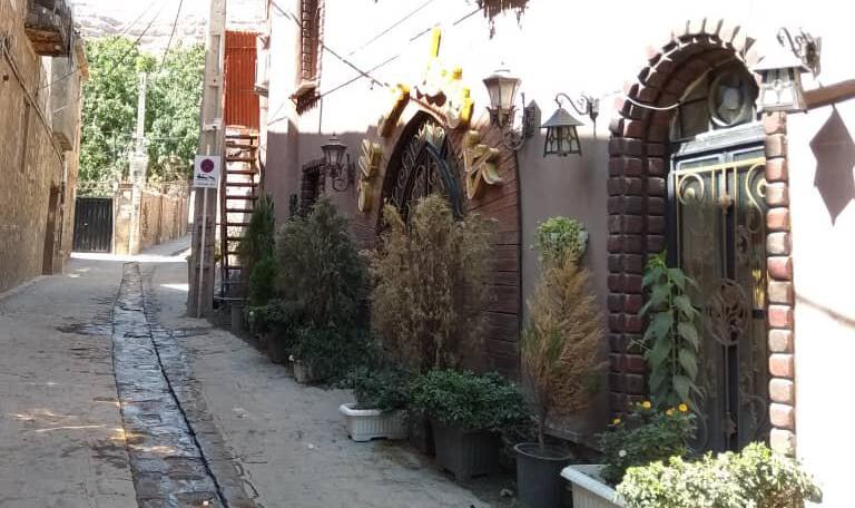 سکوت گورستانی در قلات شیراز