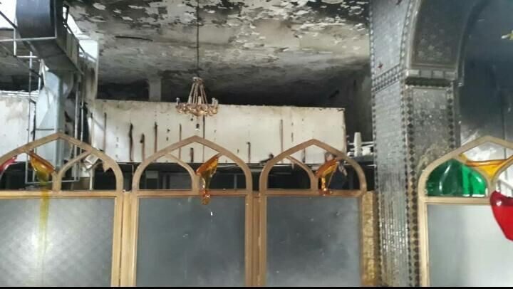 امامزادهای در شیراز پس از سرقت به آتش کشیده شد