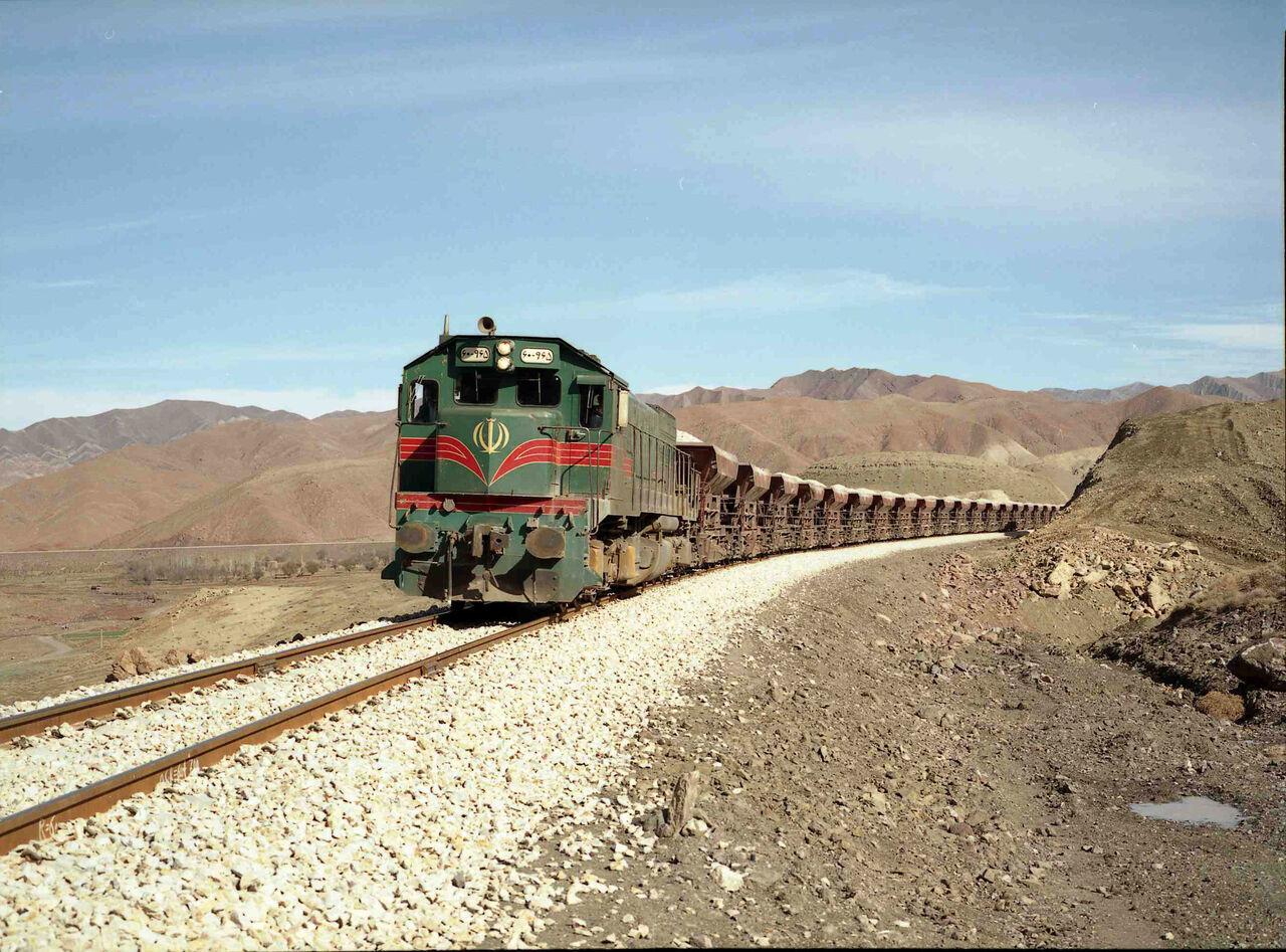 میزان جابهجایی بار در راهآهن فارس ۱۵۰ درصد افزایش داشت