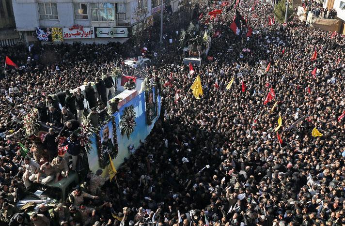مراسم خاکسپاری قاسم سلیمانی در کرمان لغو شد