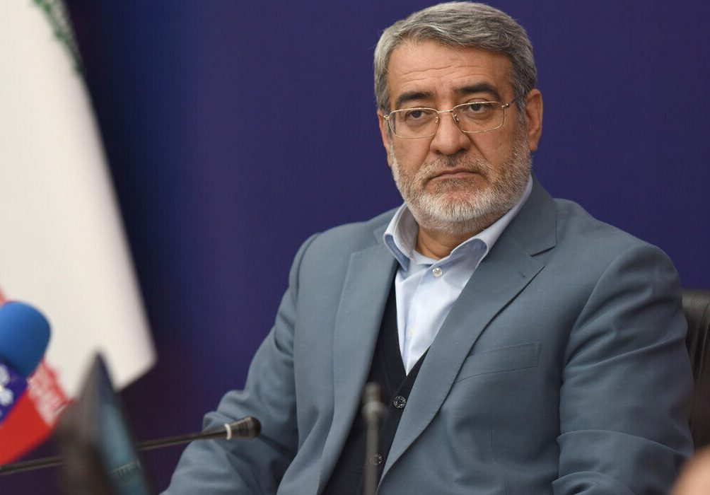 وزیر کشور فرمانداران ۶ شهرستان تازهتاسیس فارس را منصوب کرد