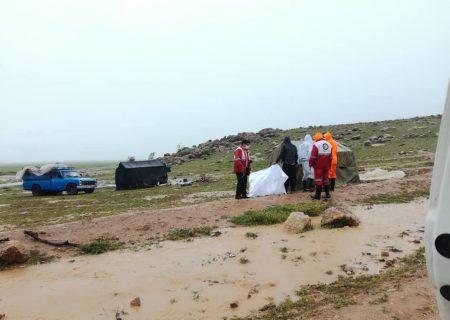 امدادرسانی به ۴۰ خانواده عشایر در سیل مرودشت