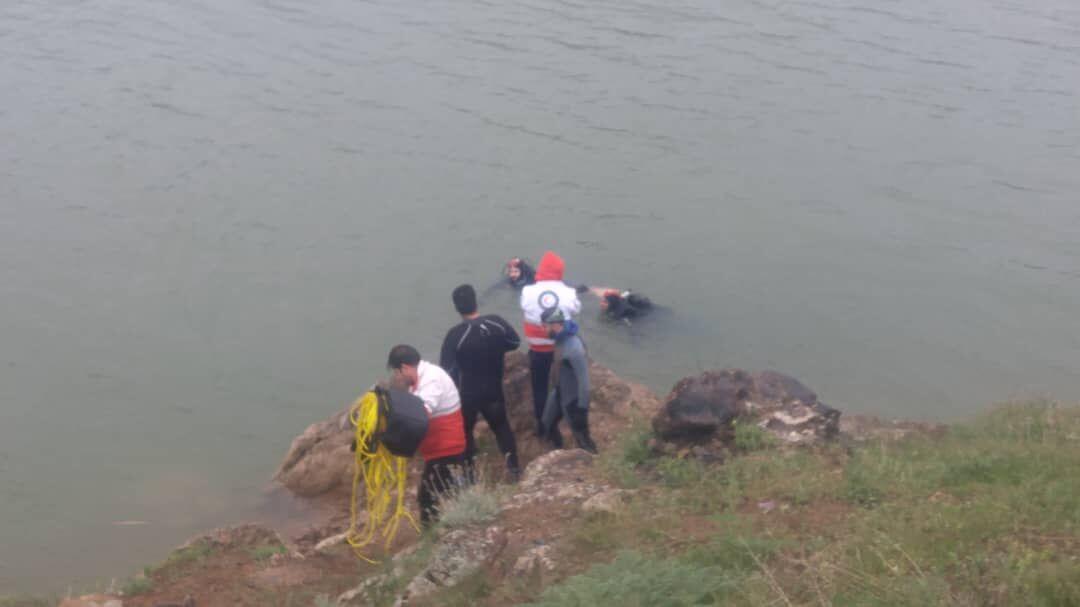 مرگ مادری که به خاطر نجات فرزندانش در سپیدان به آب زد