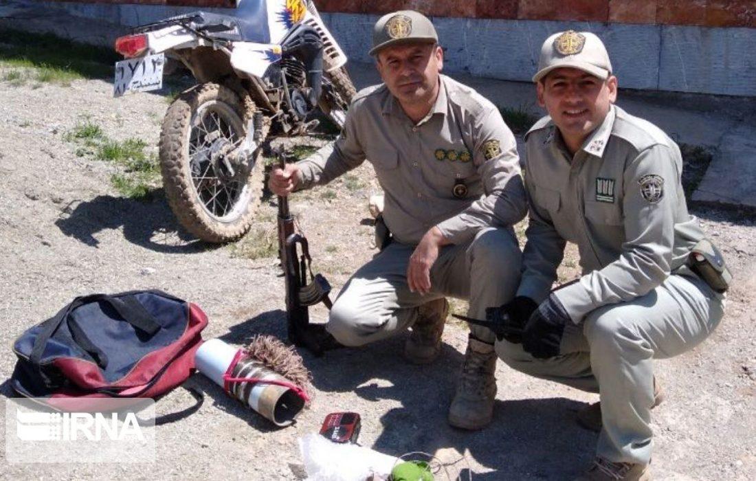 شکارچیان در پارک ملی بمو شیراز دستگیر شدند