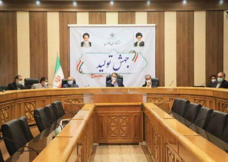 استاندار فارس: برخی چشمهای خود را به روی اقدامات انجامشده در این استان بستهاند