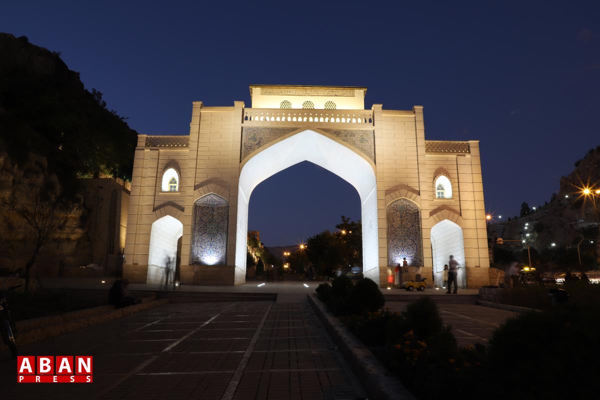 طراحی نور دروازه قرآن شیراز جایزه مسابقات جهانی آمریکا را کسب کرد
