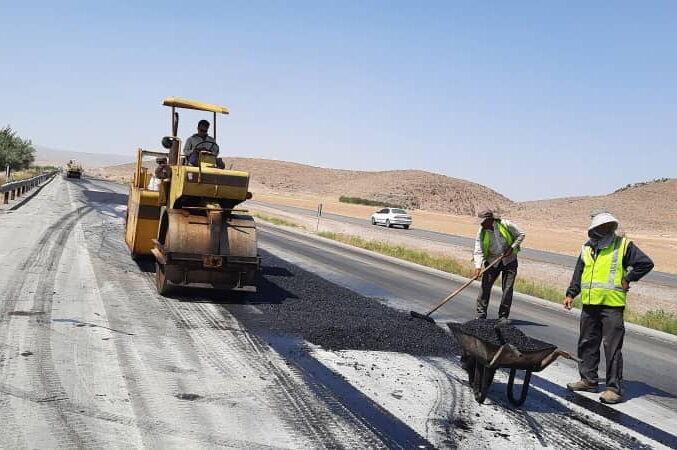 پرترددترین جاده استان فارس در دست تعمیر است