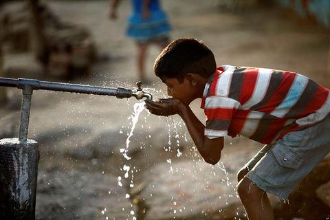 ۴۵ هزار نفر جمعیت روستاهای مرودشت بزودی از آب سالم بهره مند میشوند
