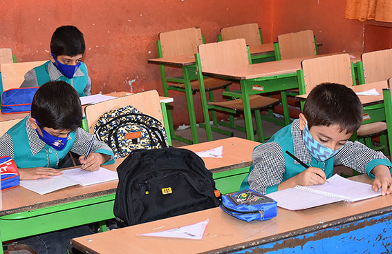 موفقیت دانش آموزان استان فارس در جشنواره فرهنگی هنری فردا
