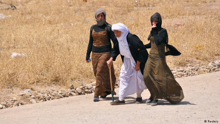 دهها ایزدی از چنگ داعش آزاد شدند