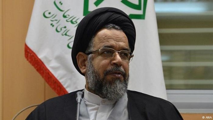 وزیر اطلاعات ایران: انبار سلاح و مهمات کشف کردیم