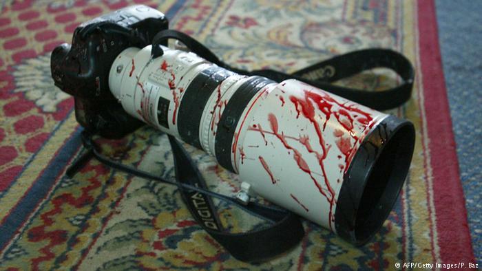 سال پرخطر ۲۰۱۷ برای خبرنگاران؛ ۶۵ کشته و ۳۲۶ زندانی