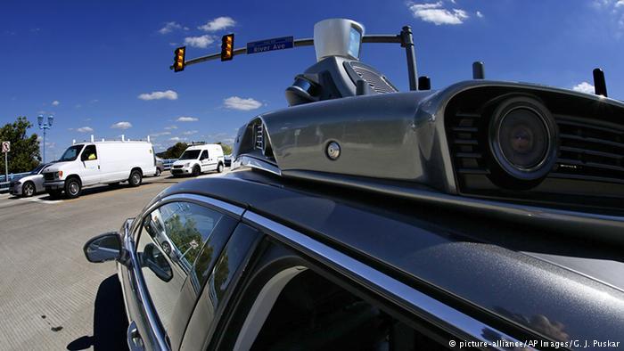 اپل مجوز آزمایش خودروی بدون راننده دریافت کرد