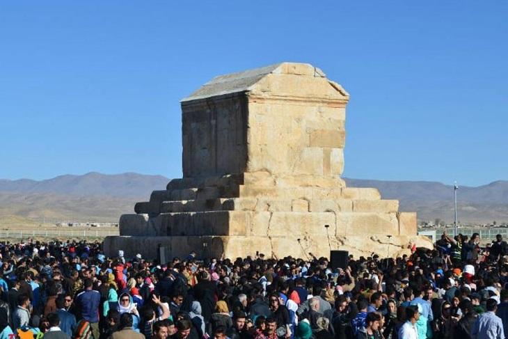 ساخت موزه پاسارگاد در فهرست طرحهای اولویت دار فارس قرار گرفت