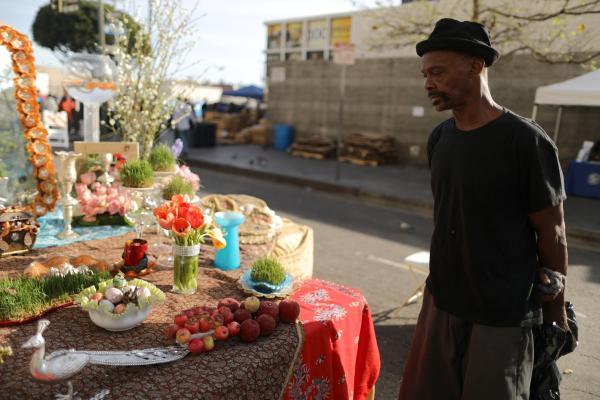 گزارش تصویری؛ «ایرانیان به آمریکاییهای بیخانمان غذای نوروزی میدهند»