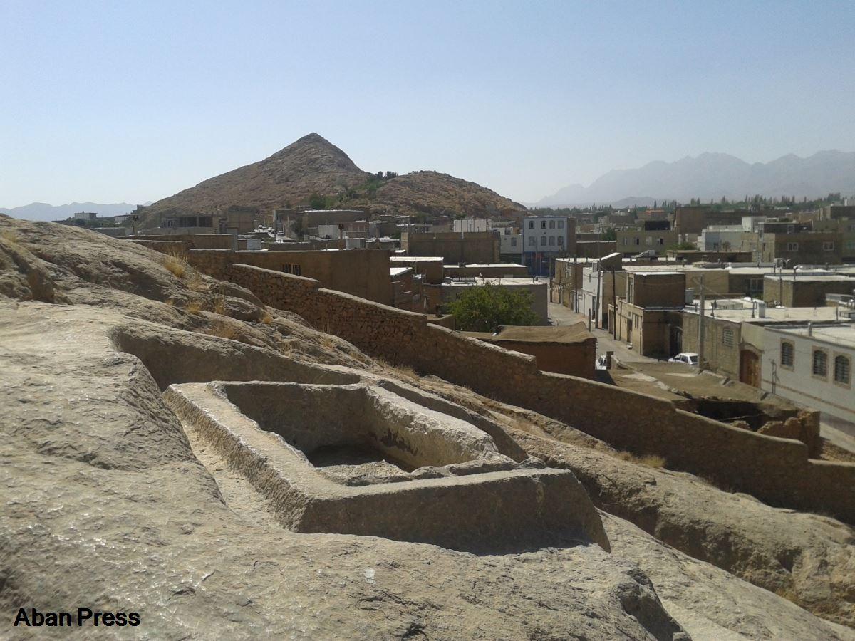 استاندار فارس خواهان ساماندهی «حوض دختر گبر» اقلید شد