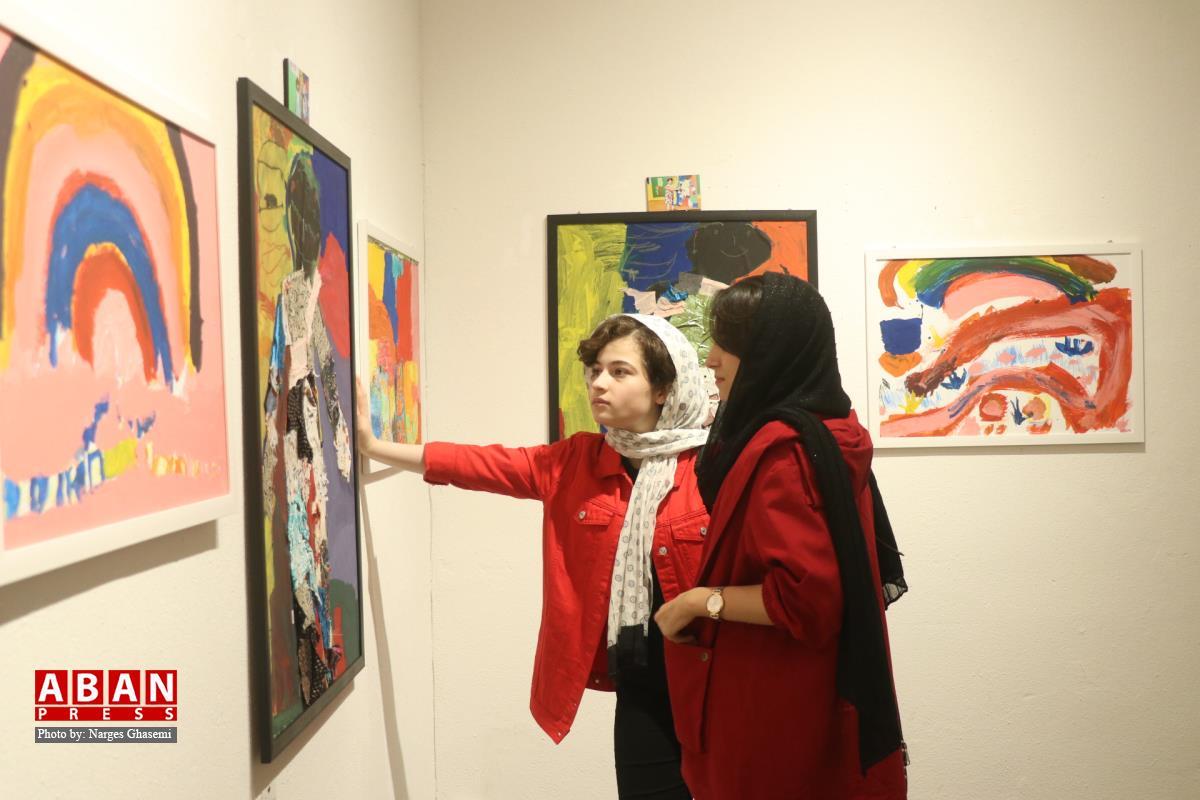 آلبوم عکس؛ نمایشگاه نقاشی کودکان در شیراز