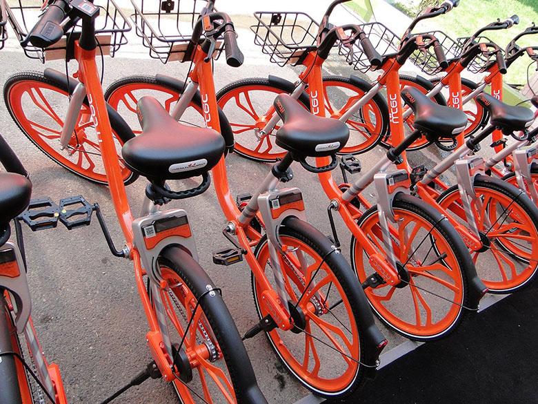 استقبال مردم شیراز از دوچرخههای هوشمند