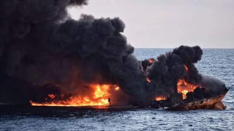 تجمع خانواده کشتهشدگان نفتکش سانچی مقابل مجلس
