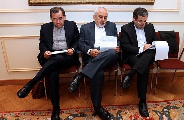 «مذاکرهکنندگان ایران هیچ وقت درخواست شلیک موشک نکردند»