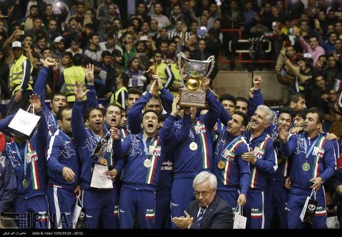 ایران با پیروزی بر آمریکا قهرمان جام جهانی کشتی شد