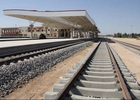 قطاری که فارس را به ایستگاه توسعه نرساند