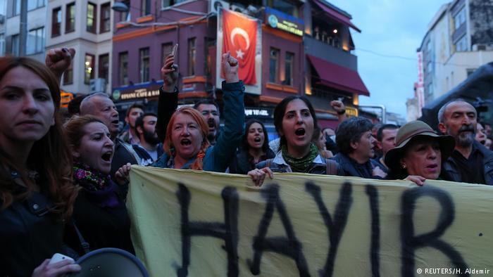 بزرگترین حزب مخالف اردوغان علیه نتیجه رفراندوم شکایت میکند