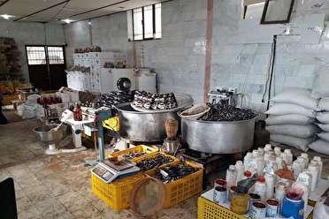 کشف کارگاه تولید قهوه تقلبی در شیراز