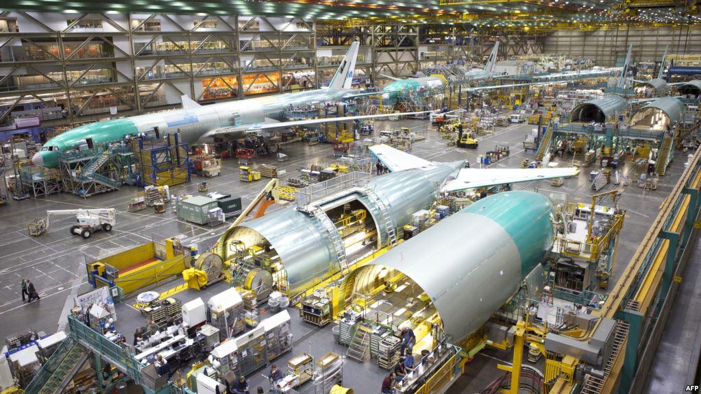 بوئینگ تا ماه آینده دو فروند ۷۷۷ به ایرانایر میدهد