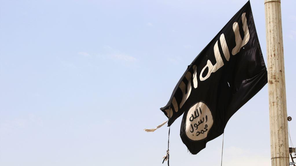بازداشت سه نفر در استان فارس به اتهام «وابستگی به داعش و تلاش برای بمبگذاری»