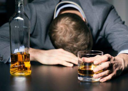 مسمومیت ۸۰۹ نفربر اثر مصرف الکل در فارس