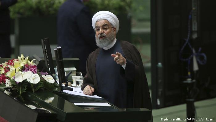 حضور روحانی در مجلس؛ نمایندگان از پاسخهای رییسجمهور قانع نشدند
