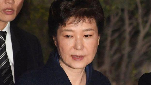 رئیسجمهوری برکنارشده کره جنوبی بازداشت شد