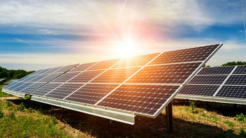 مزرعه خورشیدی در فارس راهاندازی میشود