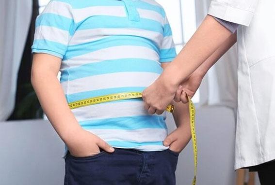 حدود ۸.۶ درصد دانشآموزان فارس چاق هستند