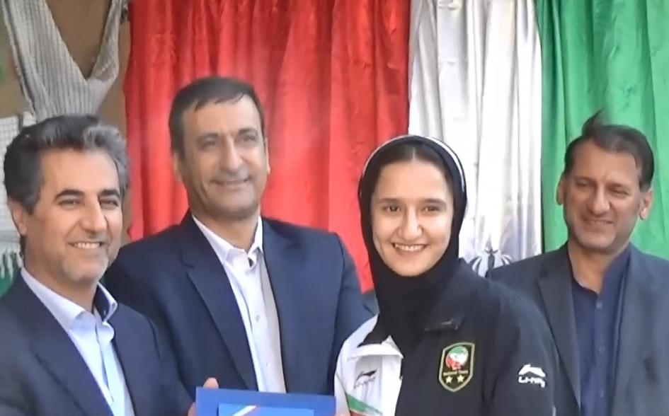 قول شهردار شیراز به یک دانشآموز در روز اول مهر