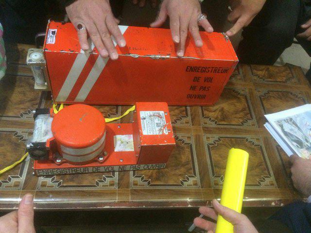 «درگیری فیزیکی بر سر جعبه سیاه هواپیمای تهران – یاسوج»