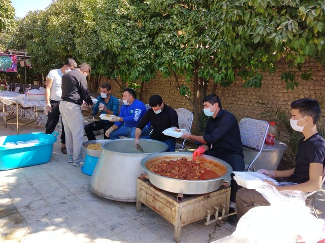 دهه اول محرم ۴۰ هزار پُرس غذای گرم در شیراز توزیع شد