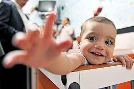 معاون بهزیستی: ۵۰۰ خانواده متقاضی فرزندخوانده در فارس داریم
