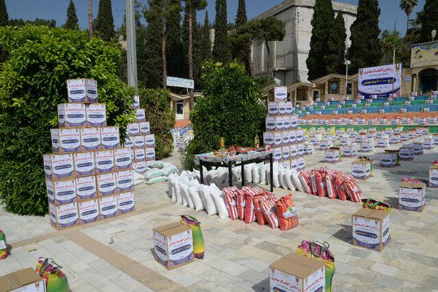 توزیع ۱۰۰هزار بسته معیشتی در شیراز
