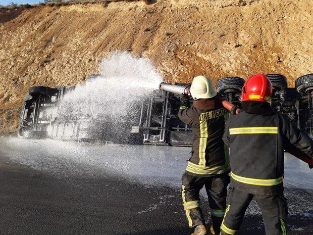 واژگونی تانکر حامل سوخت در جاده شیراز – مرودشت